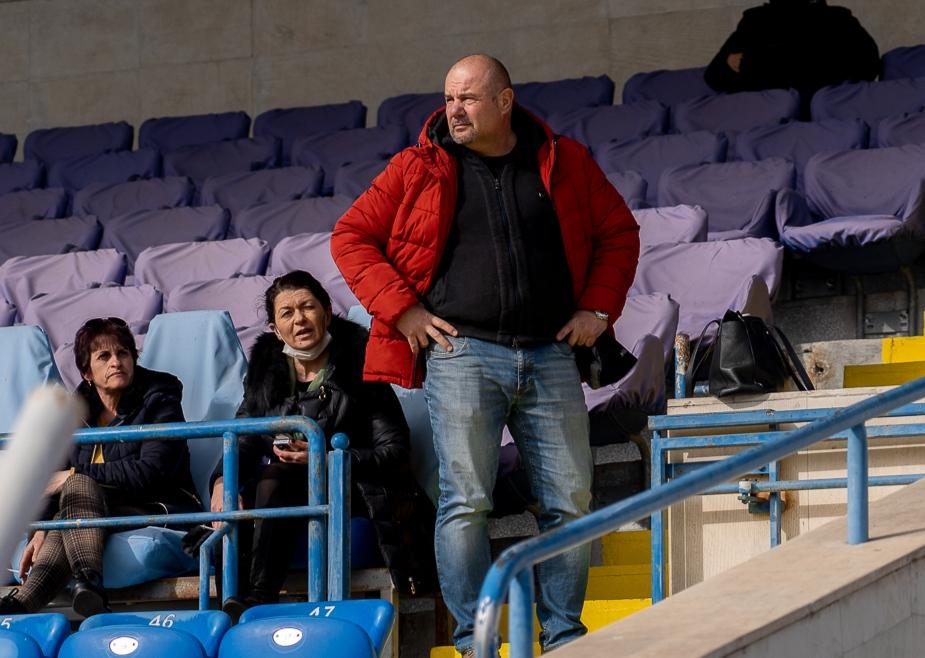 Манол Иванов: Нищо не е загубено, остават четири мача